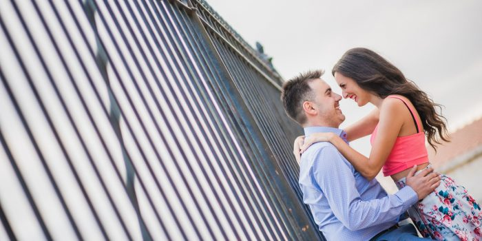 Pre wedding φωτογράφιση στην Πλάκα